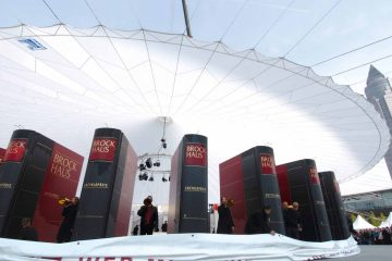 Bugatti  Chiron  Worldpremiere 2016  Milla  Event 02