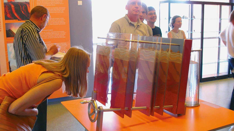 Milla Ausstellung Lava-Dome 02