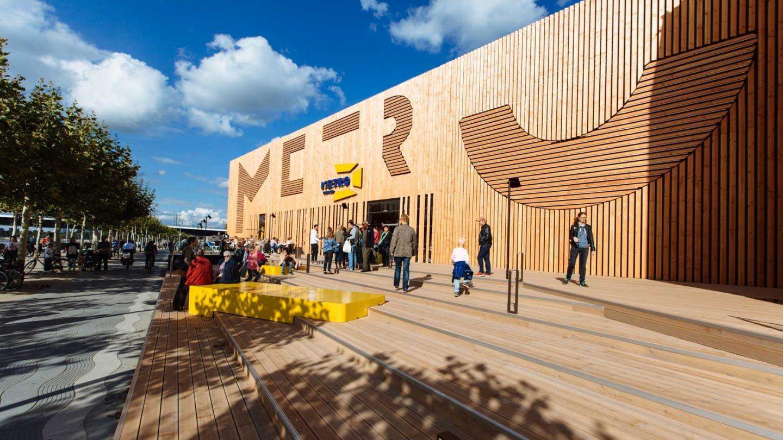 018 Metro Ausstellung Milla